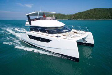 Inspire Marine- Charter- Power Yachts- Heliotrope 48 (12)