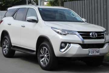 glassflower luxury suv